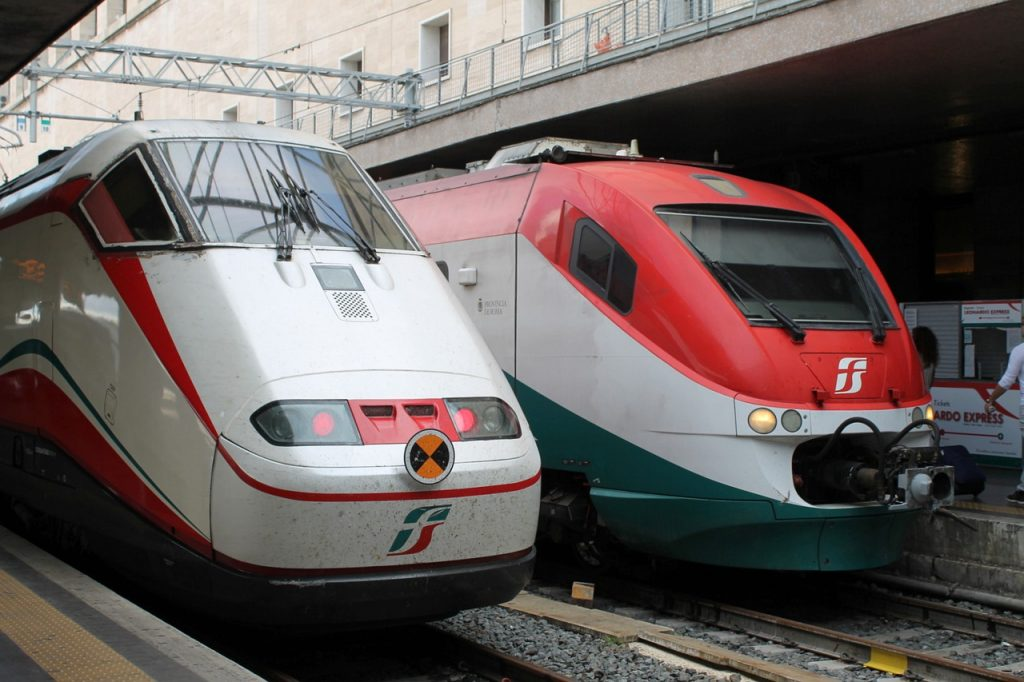 Travel By Train Italy Traveling by train in italy vip discount travel traveling by train in italy sisterspd